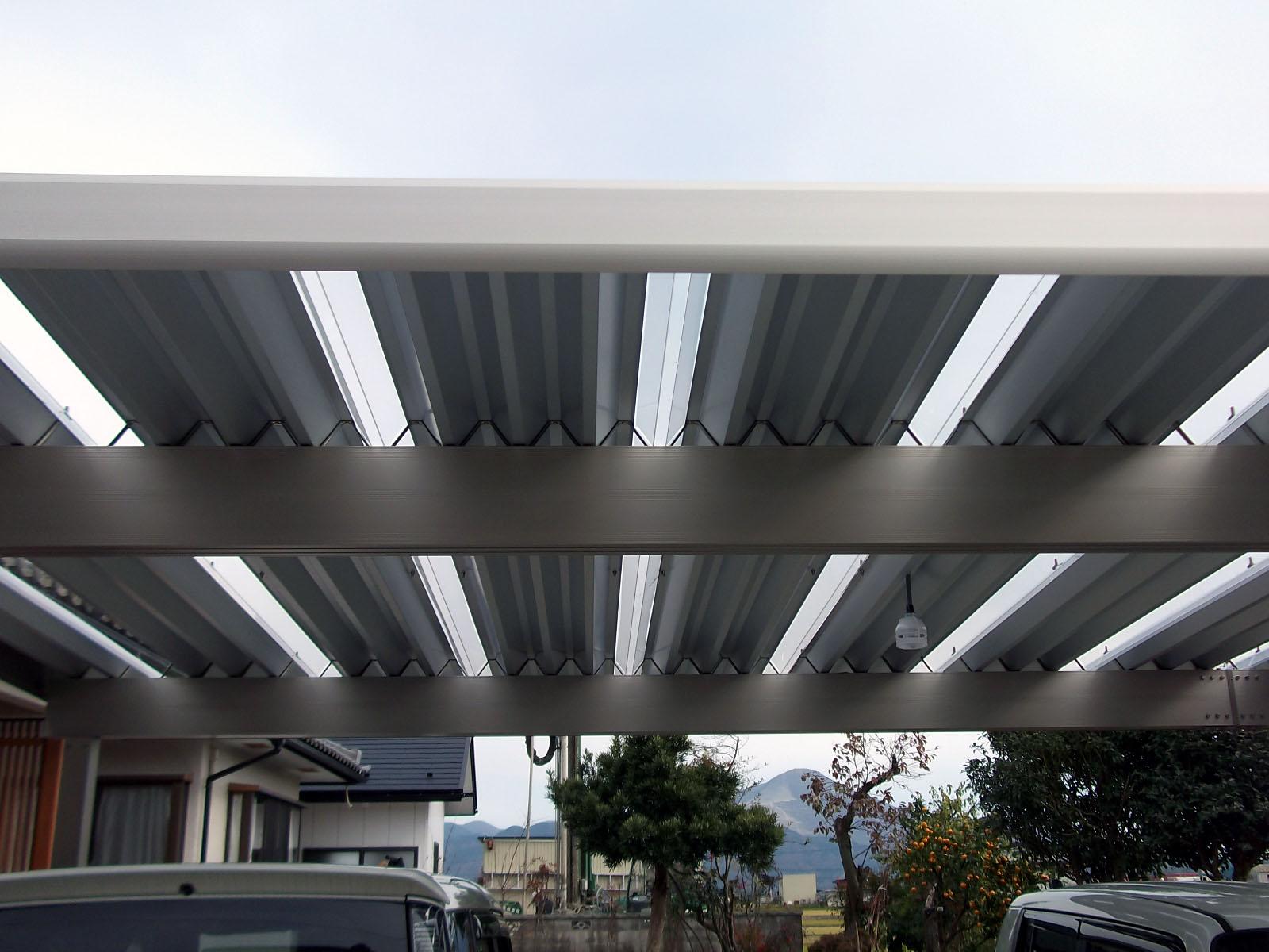 スチール折板屋根